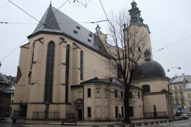 Katedra łacińska, od strony prezbiterium