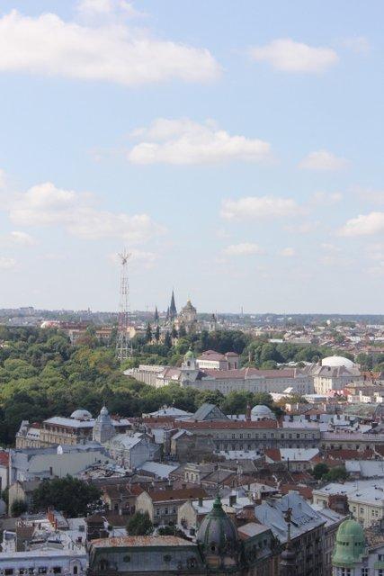 widok z wieży Ratusza na kościół św. Elzbiety